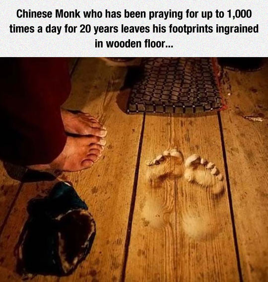 funny-monk-Chinese-foot-prints-wood
