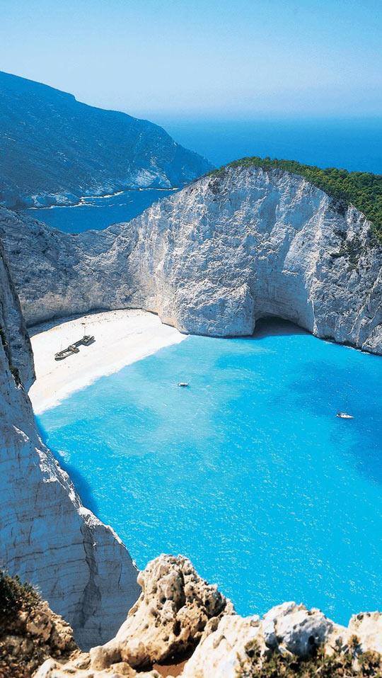 funny-mountain-beach-ocean-sea-blue