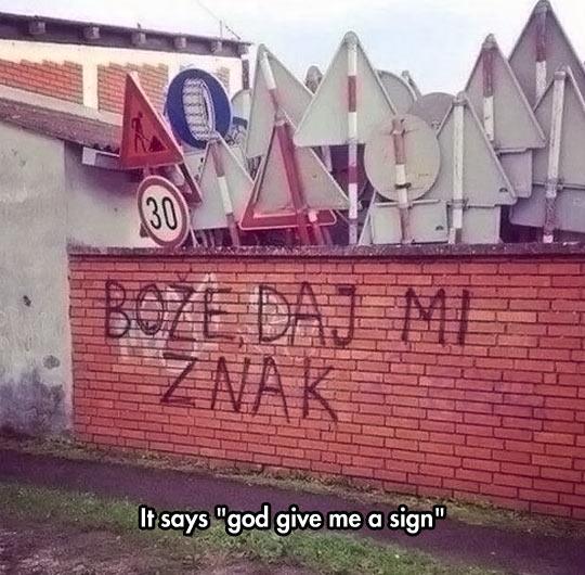 funny-road-signs-graffiti-wall