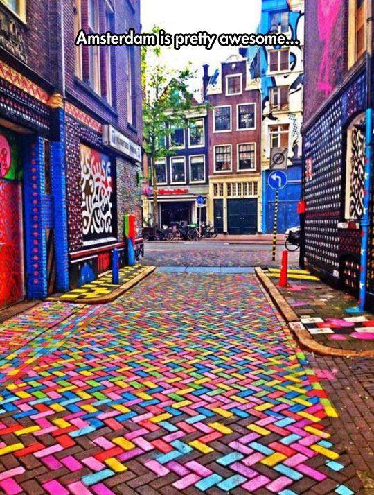 cool-Amsterdam-street-full-color