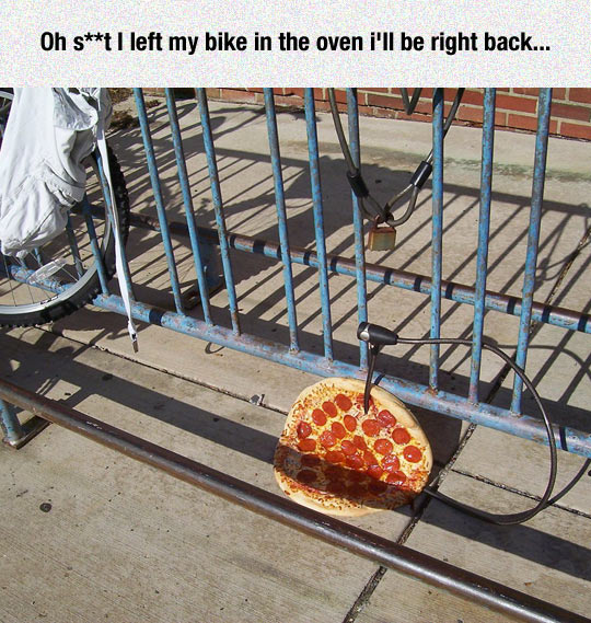 funny-bike-place-pizza-locked