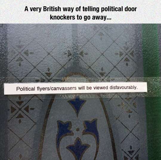 funny-door-sing-British-way