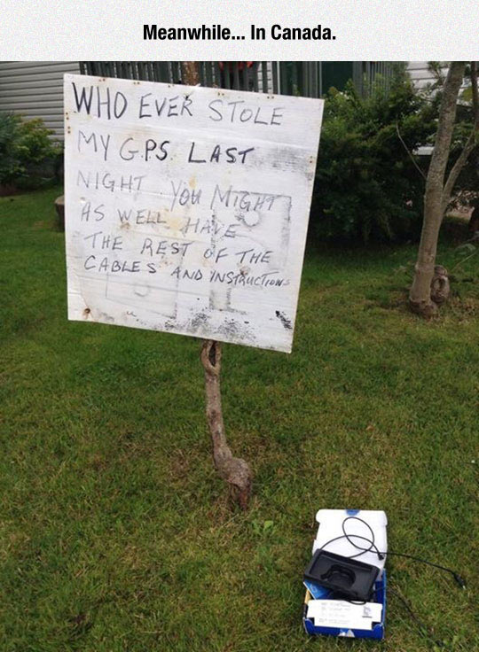 funny-front-yard-GPS-robbery-sign-cable.jpg