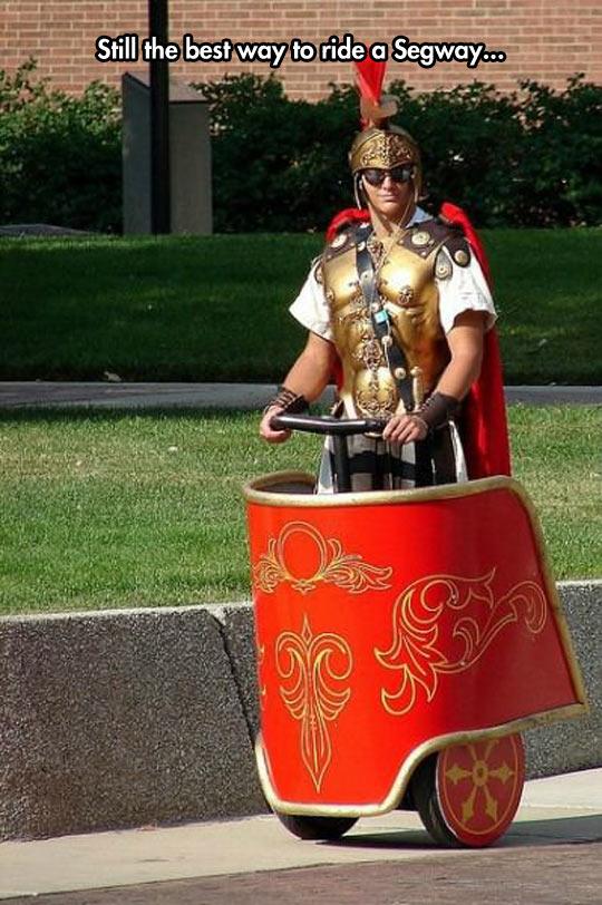 funny-gladiator-segway-costume-Roman