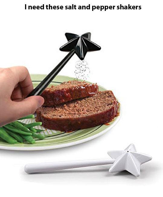 funny-salt-pepper-shakers-magic-wand-1
