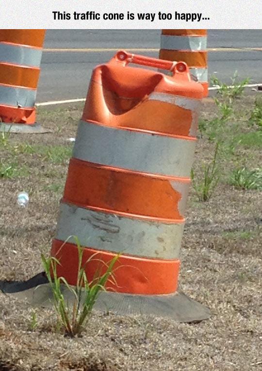 funny-traffic-cone-barrel-smiling