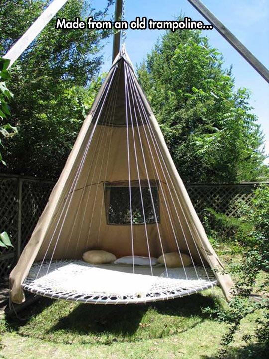 funny-trampoline-back-yard-tent