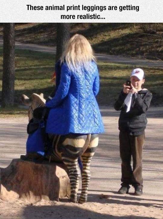 funny-woman-zebra-print-leggings