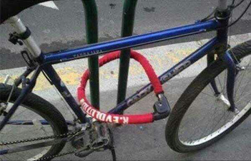 A Funny Collection Of Bike Locking Fails 20 Pics