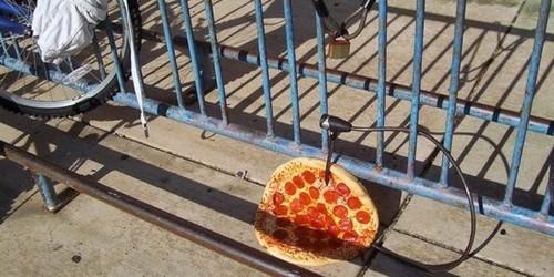 bike-fail-pizza