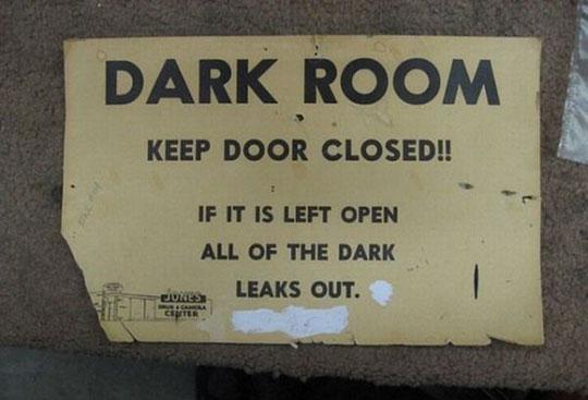 funny-dark-room-sign-warning-joke