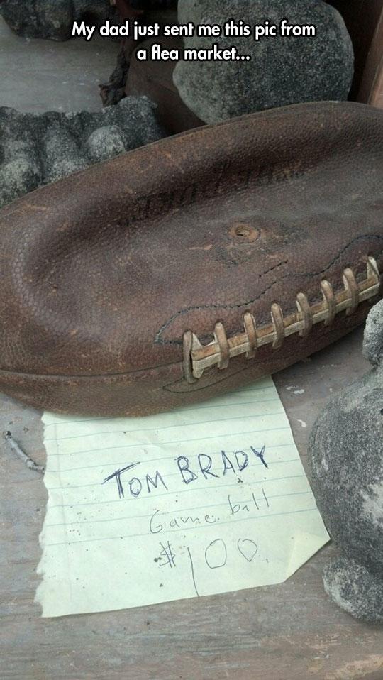 funny-flea-market-deflated-ball-Brady