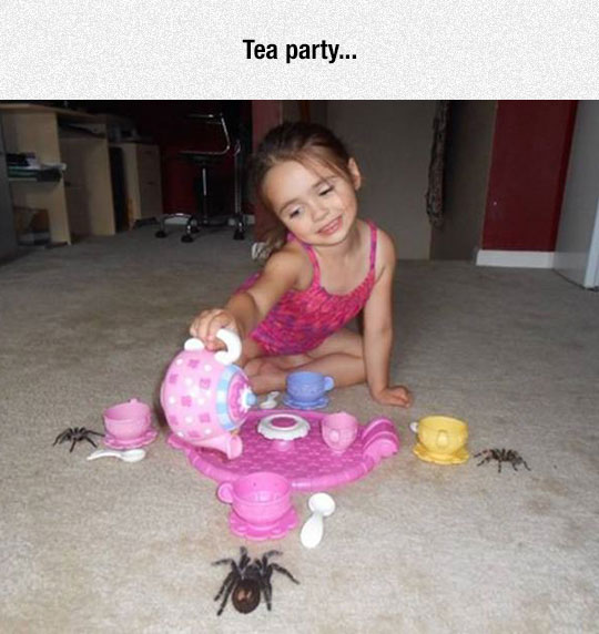 funny-kid-playing-spiders-tea