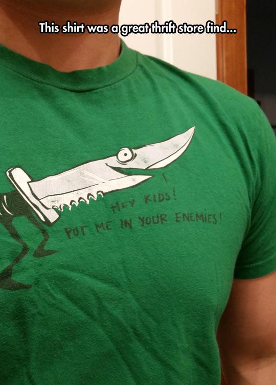 funny-knife-shirt-enemy-cartoonish