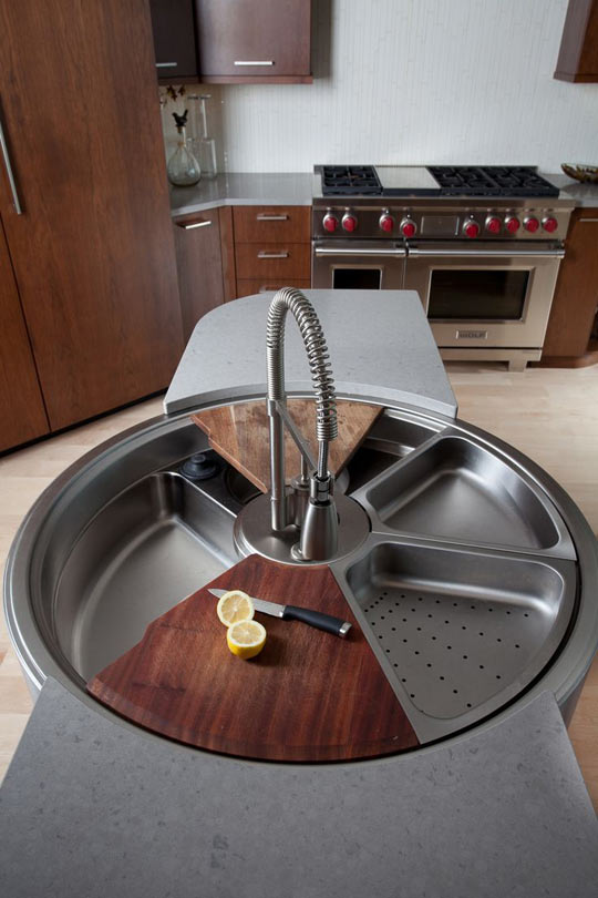 funny-sink-rotating-table-wood-kitchen