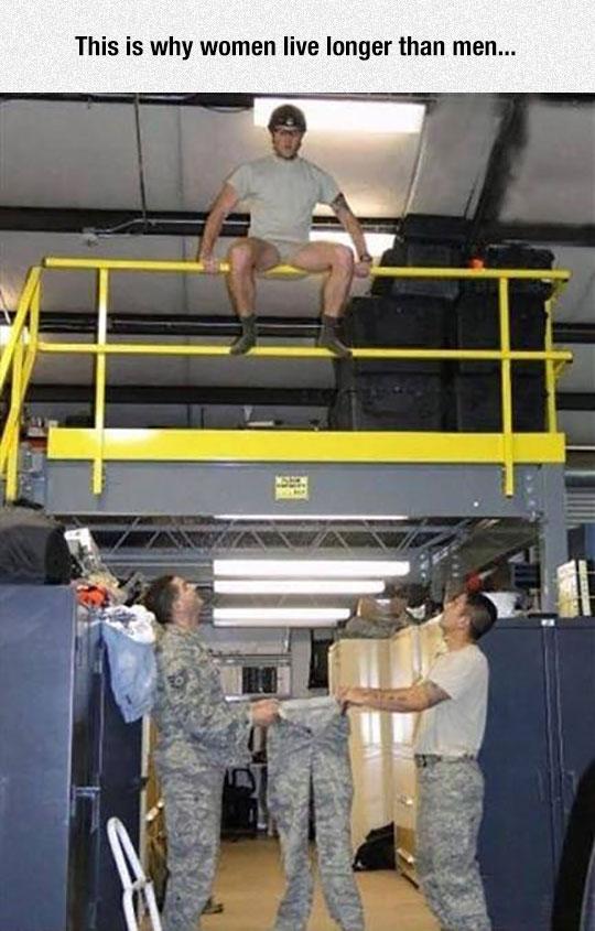 funny-soldier-jumping-pants-joke