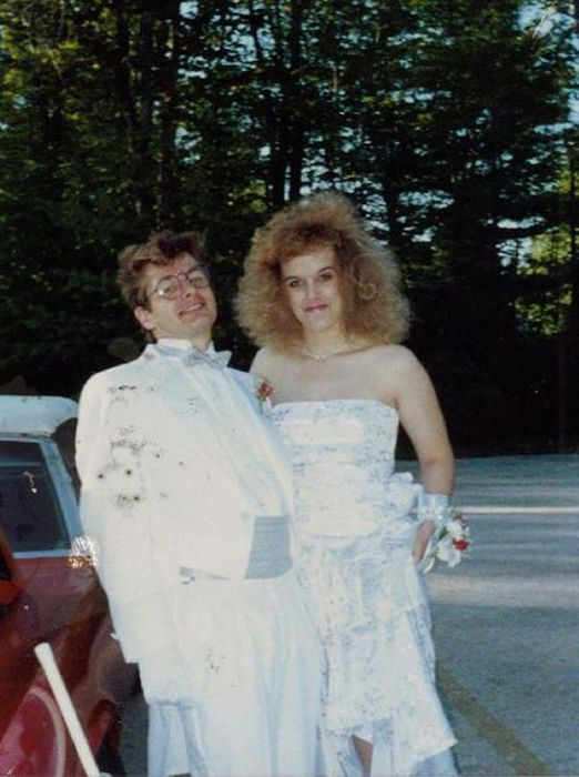Truly Awful 80s Prom Dresses 19 Pics