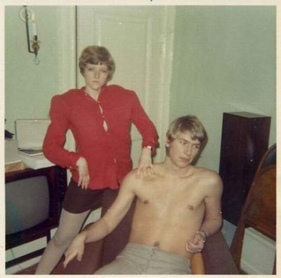 60s-portrait-funny-family-photos