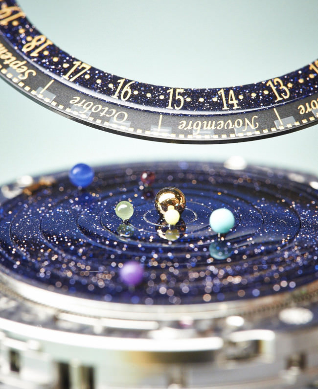 A watch that puts The Solar System on your wrist3