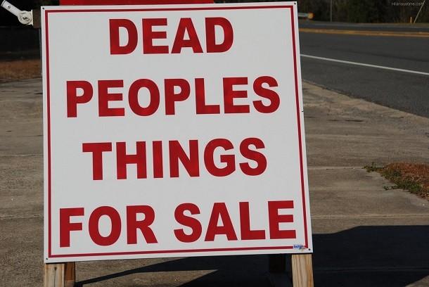 dead-peoples-things-garage-sale-sign-1-610x408