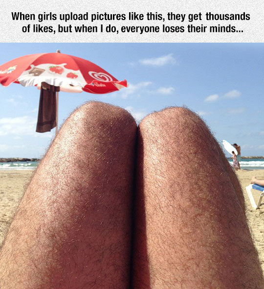 funny-hairy-legs-beach-men
