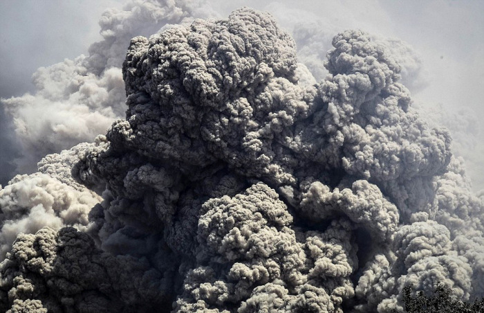 indonesian_volcano_06