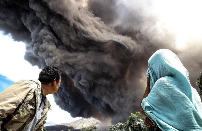 indonesian_volcano_07