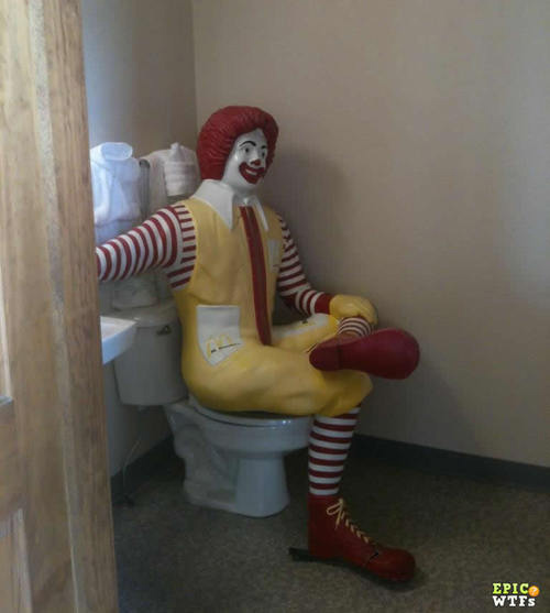mcdonald-statue-on-toilet