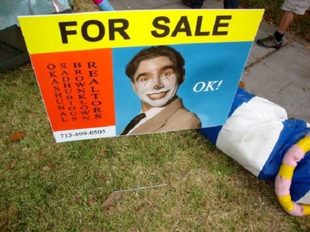 strange-garage-sale-sign-610x458