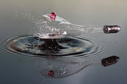 A stunning shot of a water drop