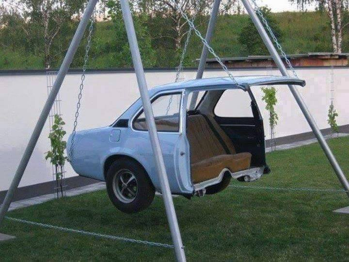 I love the idea to make swing from old useless car