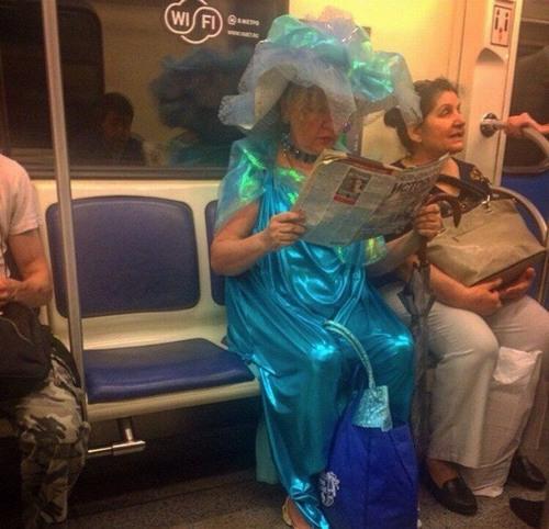 Strange-Subway-13