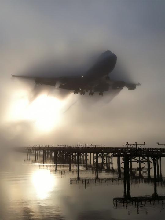 747 Breaking Through The Fog