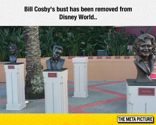 funny-Bill-Cosby-sculpture-Disney-World