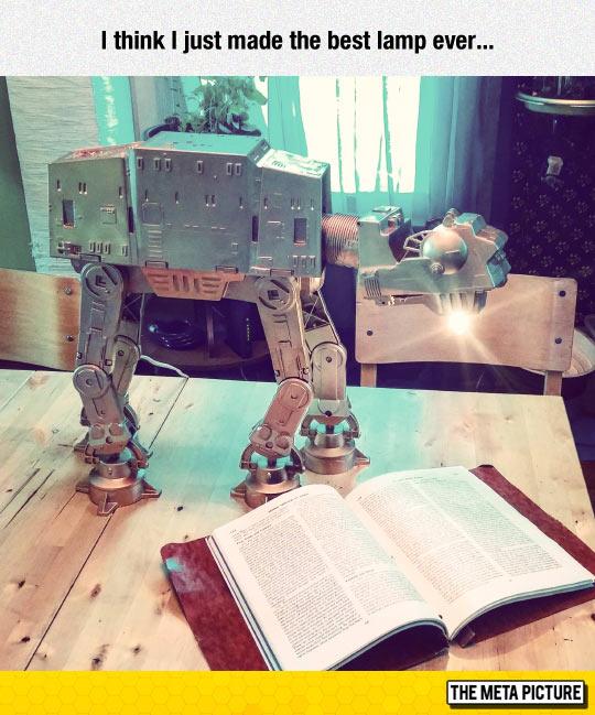 funny-Star-Wars-ship-lamp