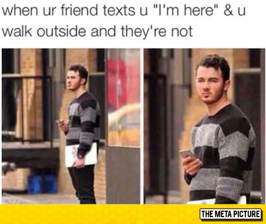 funny-friends-phone-there-lie