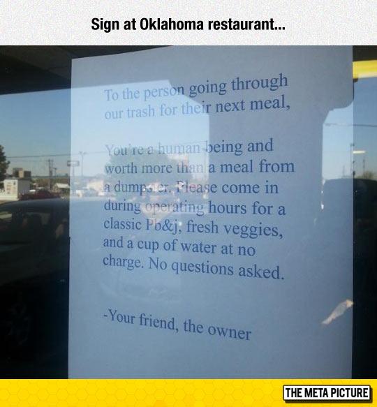 funny-restaurant-invite-homeless-meal