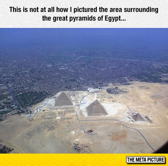 cool-Egypt-pyramids-city-panoramic-view