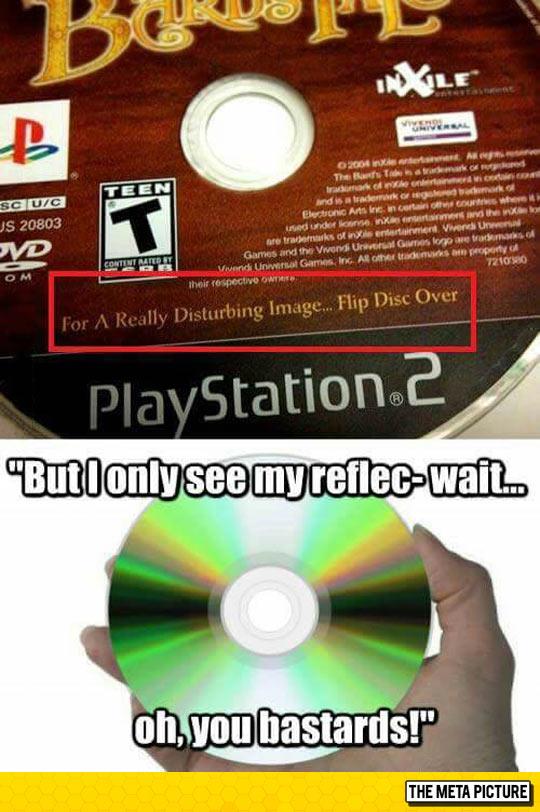 funny-CD-disc-flip-reflex