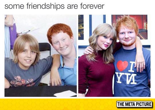 funny-Ed-Sheeran-Taylor-Swift-hug