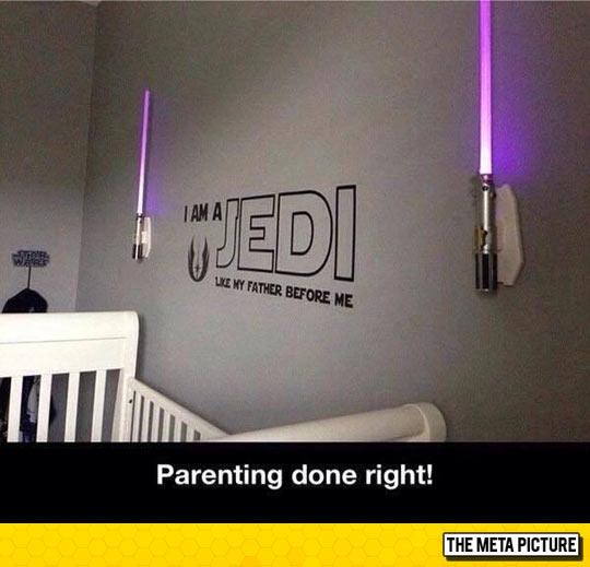 funny-Jedi-lights-lightsaber-baby
