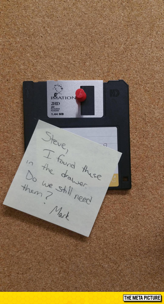 funny-floppy-disk-note-found