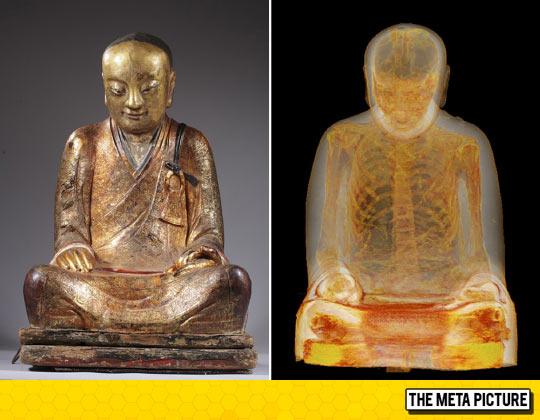 funny-mummified-monk-Buddhist-statue