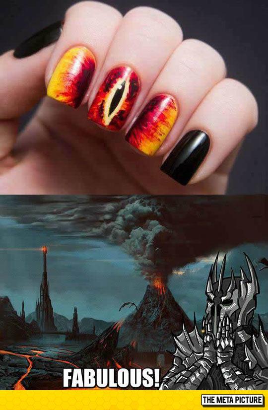 funny-nail-art-Lord-Rings