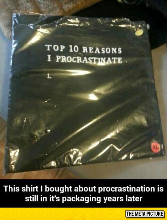 funny-packaging-shirt-procrastinate