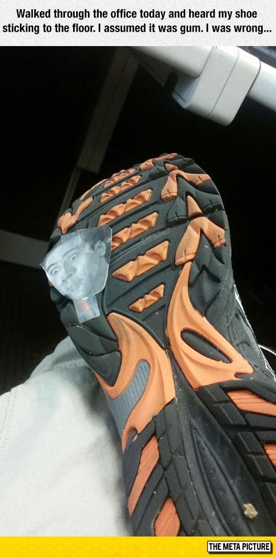 funny-shoe-Nicolas-Cage-face-meme