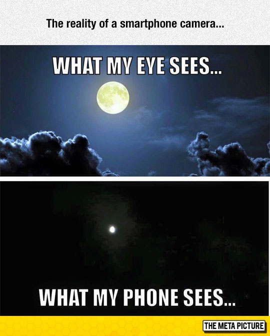 funny-smartphone-moon-photo-tiny-sky