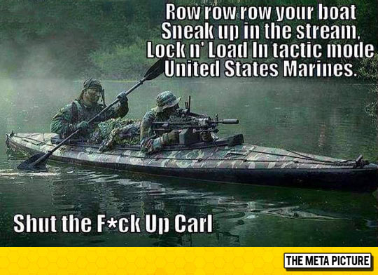 funny-soldier-boat-singing-Marines