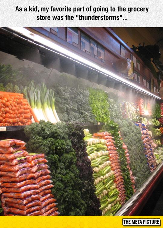 funny-supermarket-vegetables-water-fruit