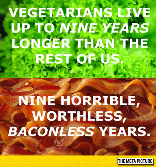 funny-vegans-lettuce-vs-bacon.